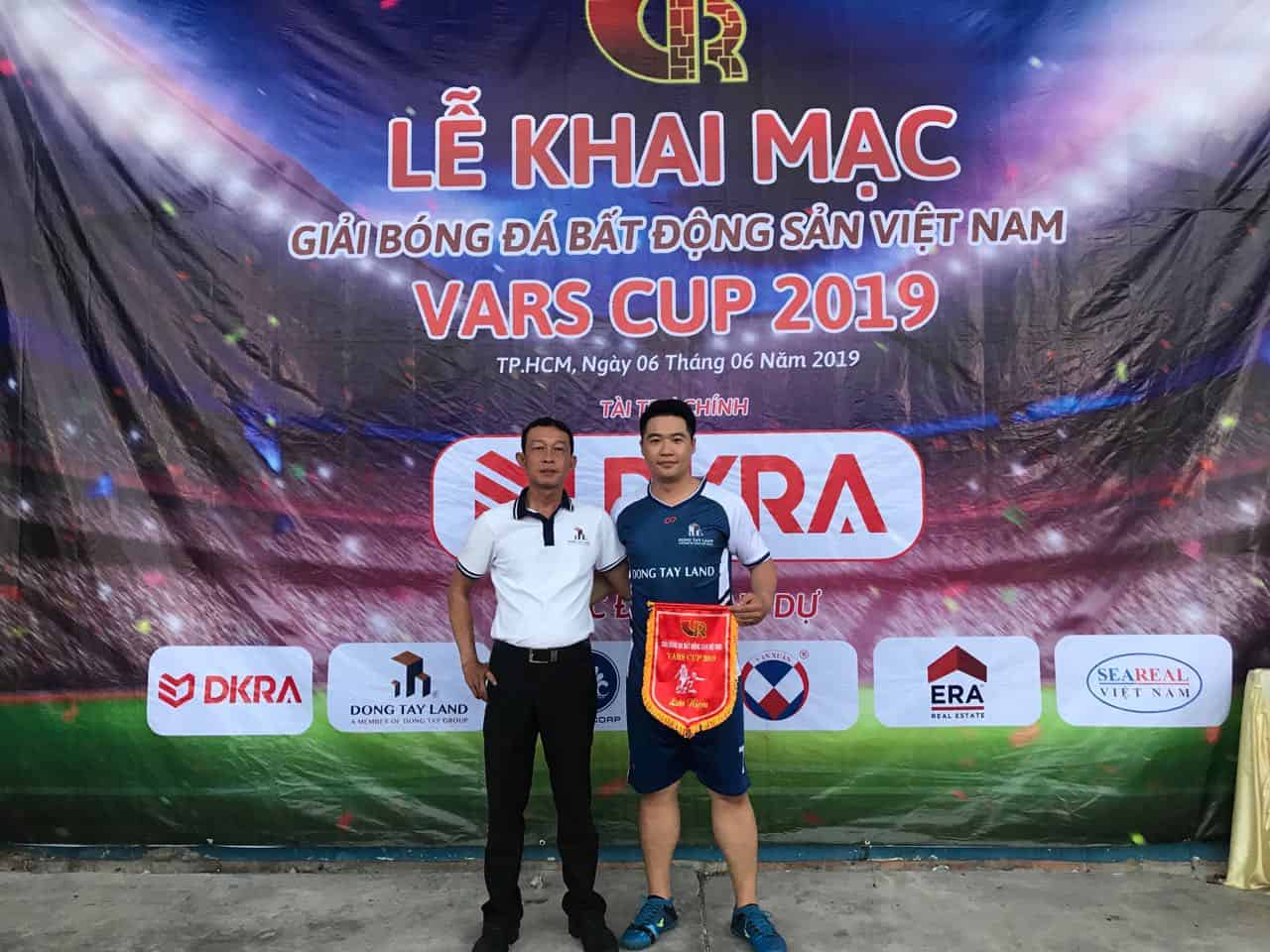 Đông Tây Land tham gia tranh tài giải bóng đá VARS CUP 2019 3