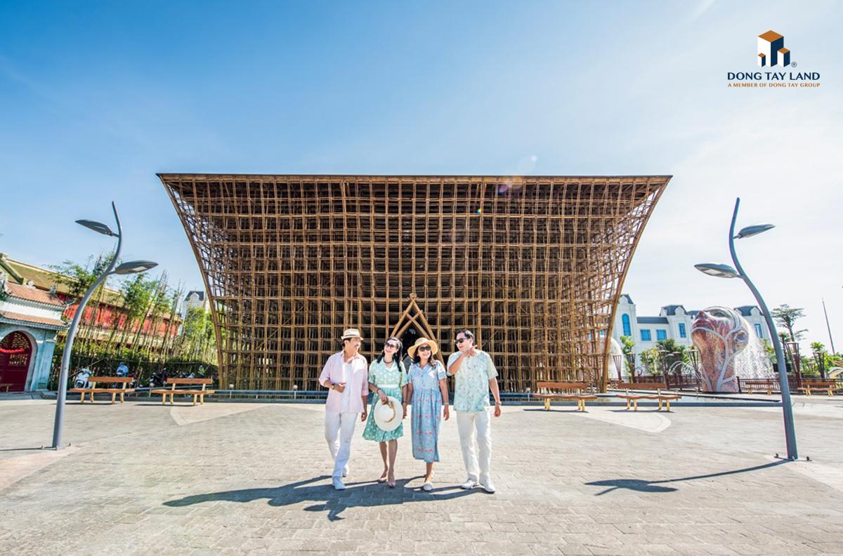 Công trình tre Grand World Phú Quốc